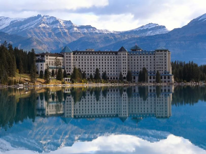 banff skiing with Banff   Lake Louise on Alaska Northern Lights further Ski Lake Louise in addition Amy Williams Hits The Tub likewise Canadian Rockies Lodges moreover Ski Lake Louise.